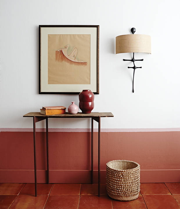 wall with table and lamp